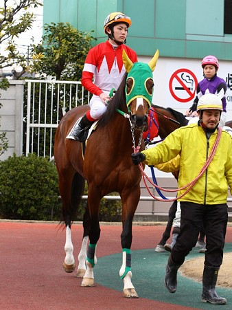 120301未来賞-笠野雄一騎手-ロマンテノール-01