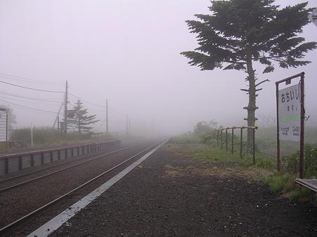 落石駅ホーム4