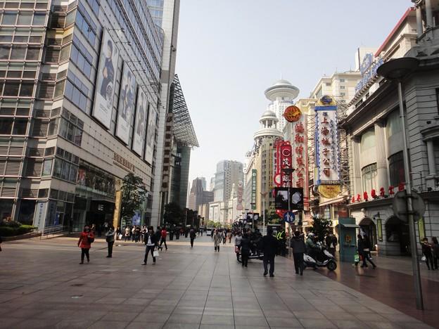 朝の南京東路3(上海)