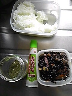 2012年4月30日のお昼の食材