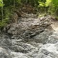 雨畑川の岩石
