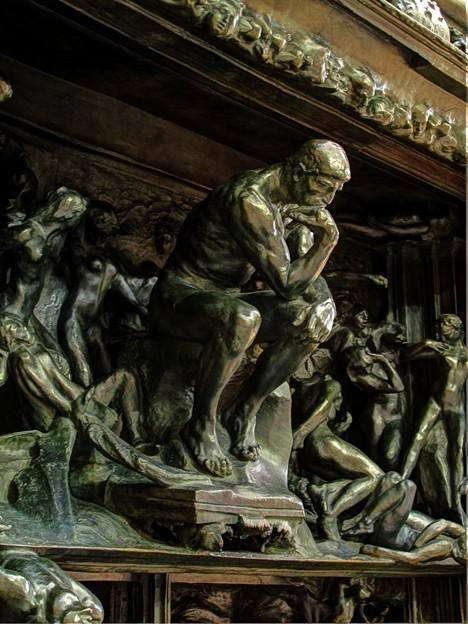考える人in地獄の門(4)  2012年1月7日 HDR露出合成