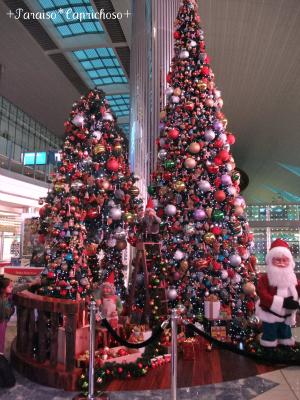 ドバイ空港のクリスマス