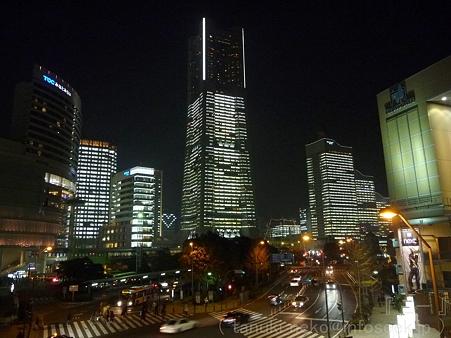 111222-みなとみらい(桜木町駅前) (6)