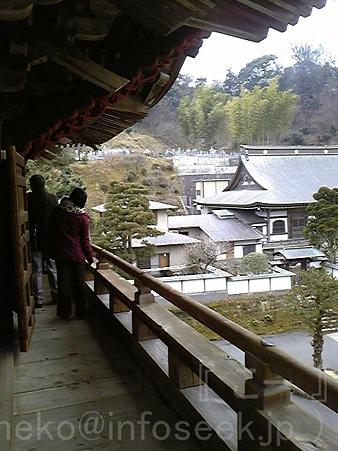 120214-建長寺 三門回廊 (2)