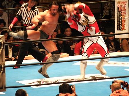 新日本プロレス BEST OF THE SUPER Jr.XIX Aブロック公式戦 獣神サンダー・ライガーvsPAC (2)