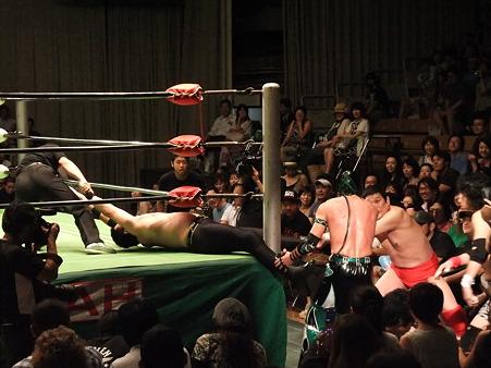 NOAH 田上明&小川良成vs井上雅央&デリリアス (3)