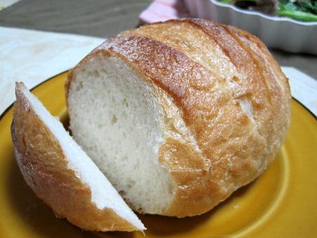 たまにはパンを買ってみた。