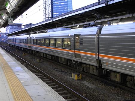名古屋駅3