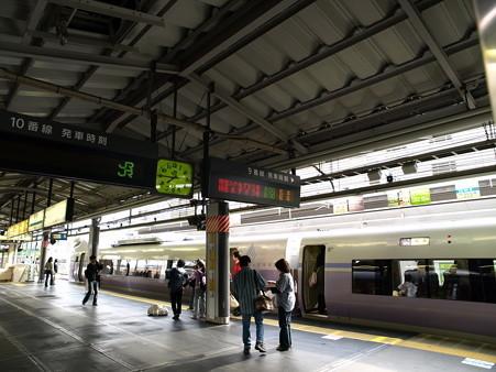 E351系(新宿駅)2