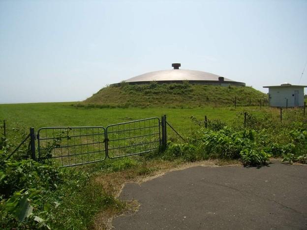写真: 8_11焼尻島貯水タンク