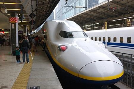 2012.04.14 東京駅 23番ホーム Maxとき318号