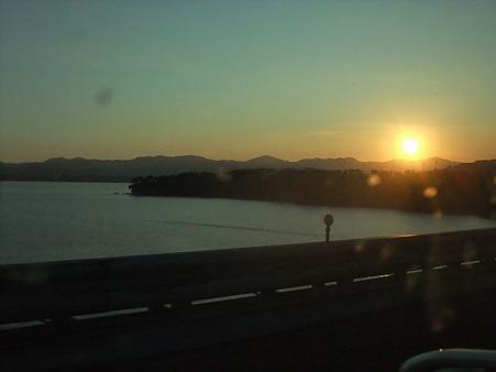もうすぐ日が沈む