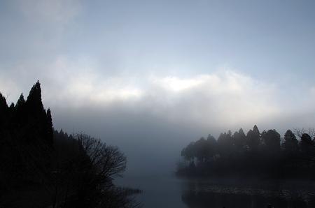 雲(後ろは富士山)