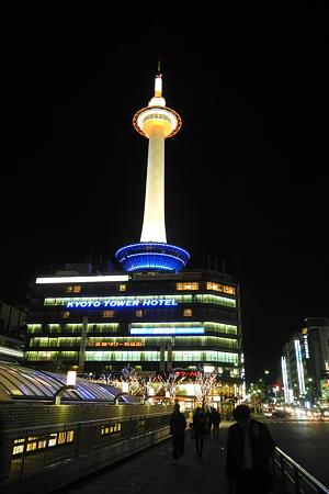京都駅で夜景撮影・1
